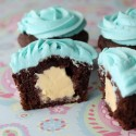 Full-Ice-cream-chocolate-cupcake3a