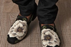 Alexander-McQueen-Mens-Cross-Stitch-Flower-Loafers