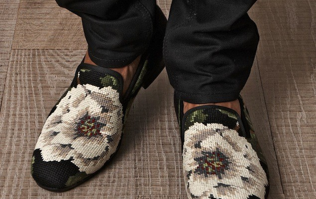 Alexander-McQueen-Mens-Cross-Stitch-Flower-Loafers