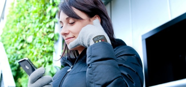 HiCall-bluetooth-gloves-by-hiFun-1
