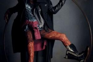 la-modella-mafia-rebel-romance-Carolyn-Murphy-x-Vogue-Germany-December-2012-photographed-by-Daniele-Iango-4-595x800