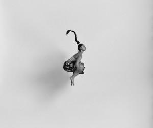 Quiet_Lunch_Magazine_Tomas_Januska_Mia-'Gravity'-series
