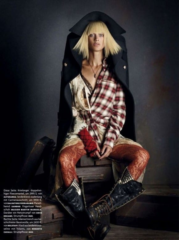 la-modella-mafia-rebel-romance-Carolyn-Murphy-x-Vogue-Germany-December-2012-photographed-by-Daniele-Iango-1 (597x800)