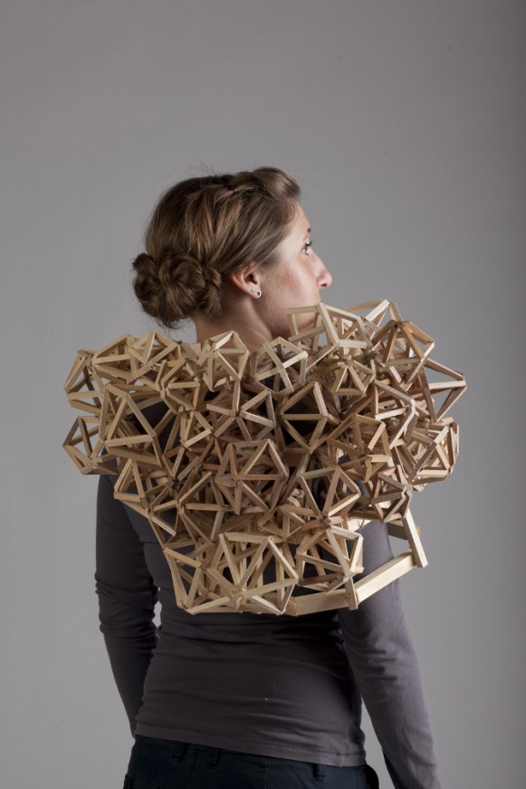 Wearable Structure: Inner Core, 2011. (Courtesy of Tracy Featherstone.)
