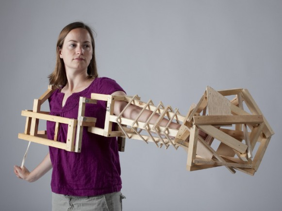 Wearable Structure: Arm Extended, 2010. (Courtesy of Tracy Featherstone.)