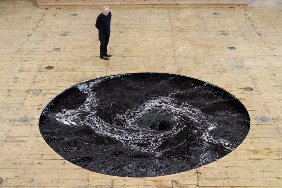 Quiet_Lunch_Magazine_Anish Kapoor_decension-1