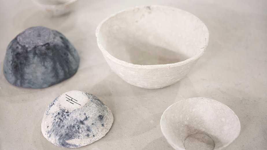 quiet-lunch-sea-me-recycled-toilet-paper-homeware-corckery-design-studio-nienke-hoogvliet-netherlands_dezeen_hero